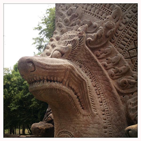 Cambodja - De Naga van de tempel vanBeng Mealea