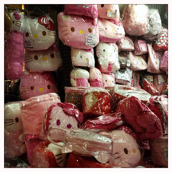Chinatown-hello-kitty